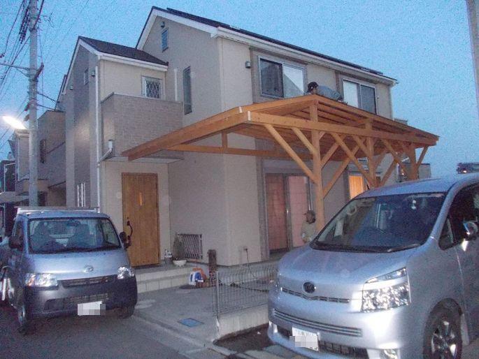 木のカーポート完成.JPG